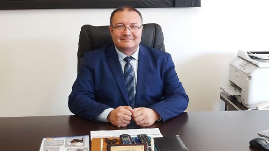 Küçükçekmece Mustafa Kemal Paşa Ortaokulu müdürü Cemil Mutlu